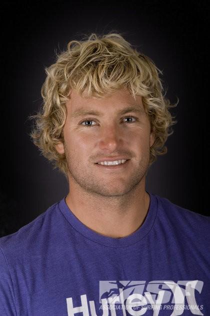 coupe de cheveux surfeur homme