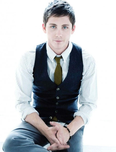 logan-lerman-marc-jacobs-1241858343