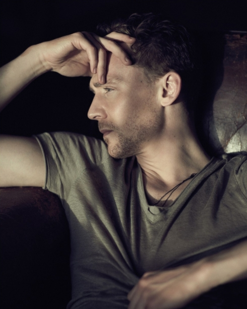 936full-tom-hiddleston