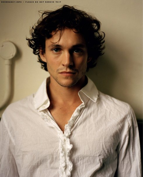 Hugh-hugh-dancy-655444_999_1235